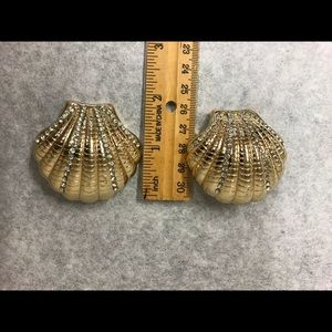 Jewelry - Summer seashell earrings